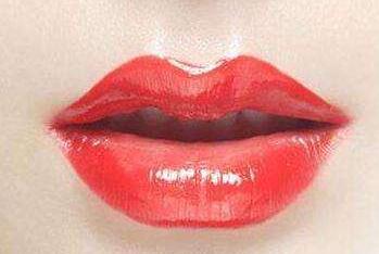 哪些类型的人不适合做厚唇改薄手术呢?