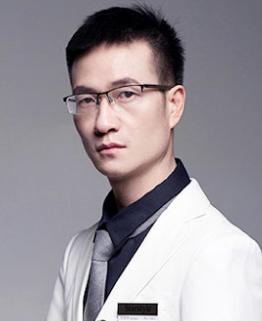安岳星范医疗美容医院院长于华平