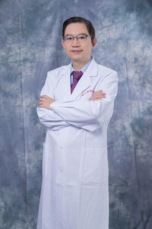 眼眶及眼肿瘤学科主任钱江