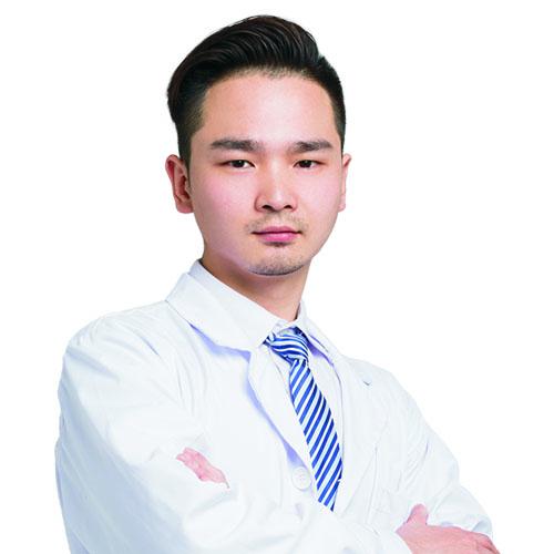 常德凯尔美斯医疗美容副主任冯涛