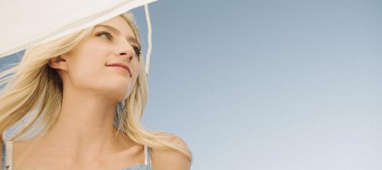 頸部皺紋怎么產生,怎么防治頸部皺紋?