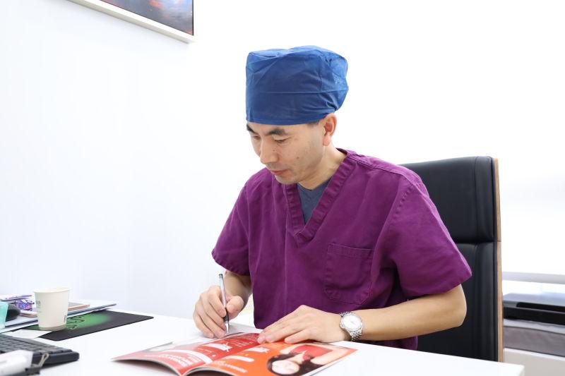 高中玉医生:脂肪隆胸手术安全吗?