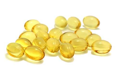 习 惯 性 补 充 鱼 油 似 乎 可 降 低 全 因 和 心 血 管 疾 病 死 亡 的 风 险