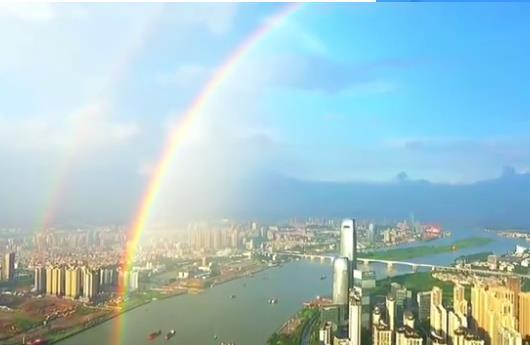 深圳连到香港的彩虹今日份小幸运待领取