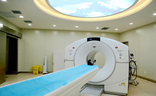 PETCT检查后医务人员多久可以接触患者?