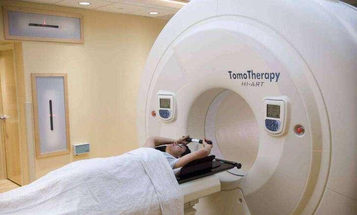 国内TOMO刀治疗肺癌效果好吗?